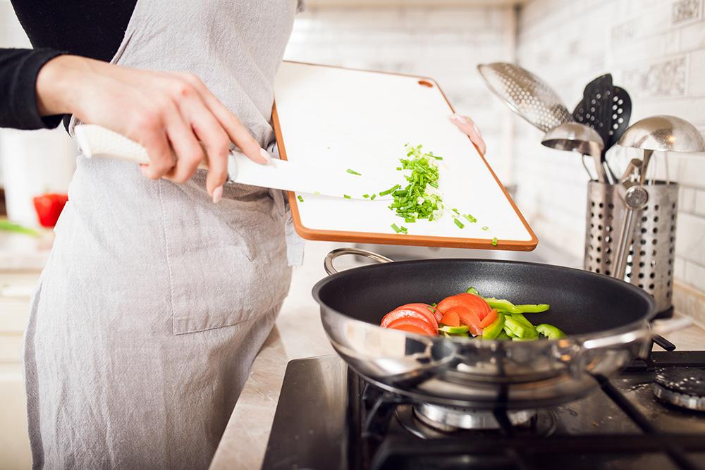 Utensili da cucina: quali materiali sono sicuri ...